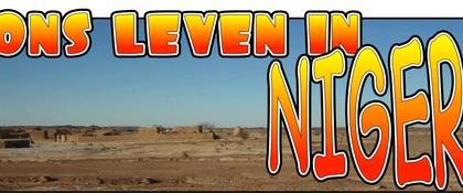 woestijn met tekst ons leven in Niger