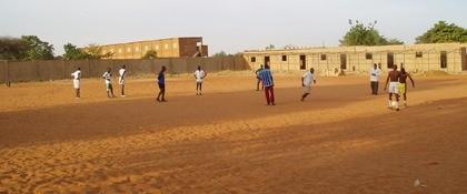 Voetballen ter ere van trouwen